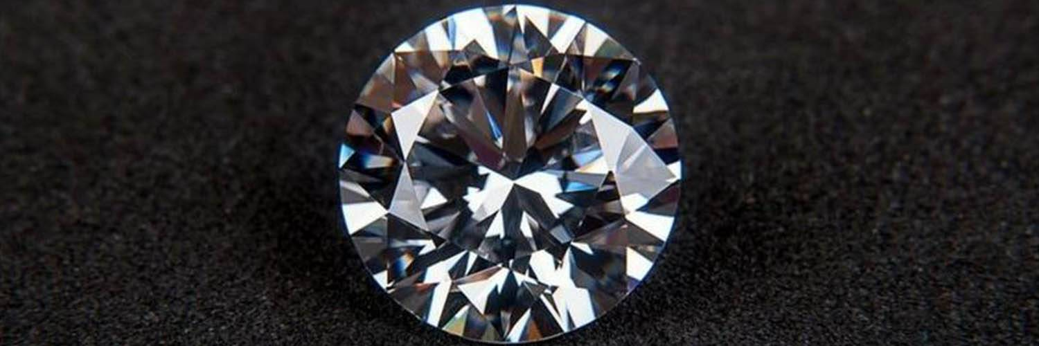 Diamante VS brillante: quali sono le differenze?